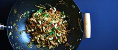 ΝΟΟDLES STIR FRY Yummy Yummy, Stir Fry, Food Food, Fries, Salt, Cooking Recipes, Food Recipes, Recipes