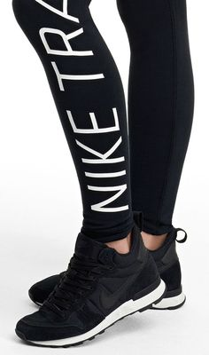 Step into throwback kicks. The Nike Internationalist Mid is a retro running-inspired shoe for an everyday statement. Nike Outfits, Casual Outfits, Nike Internationalist, Nike Free Shoes, Nike Shoes Outlet, Gym Tops Women, Gym Wear For Women, Womens Gym, Teen Fashion