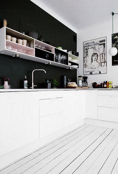 Gespot: zwart!  / www.woonblog.be