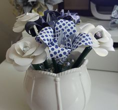 Paper Flower Pen Bouquet / Origami Flower by DesignwithElegance