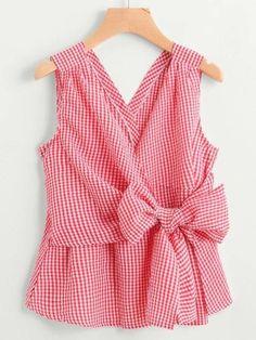 Shop V-Neckline Bow Tie Waist Gingham Dip Hem Top online. SheIn offers V-Neckline Bow Tie Waist Gingham Dip Hem Top & more to fit your fashionable needs. Fashion Online Shop, Red Gingham, Red Plaid, Gingham Check, Sheer Clothing, Hijab Style, Moda Chic, Peplum Blouse, Peplum Tops