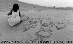 5v. lapsen piirustuksia meren rannalla - 5yr old child's drawings by the sea   Miniatyyria