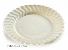 Fineline Settings Flairware Shell Edged China-Like Plate, Clear Black Dinner, White Dinner Plates, Dining Plates, Plates For Sale, Today's Market, Disposable Tableware, Food Service Equipment, Plates And Bowls, Vintage Tea