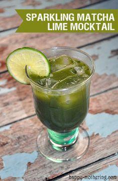 Sparkling Matcha Lime Mocktail Recipe via @happymothering