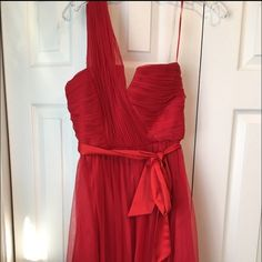 BCBG Max & Cleo Red One Shoulder Prom/Formal Dress Mac and Cleo Red One Shoulder Prom Dress. Worn once, excellent condition. Size 6. I'm open to offers! Max & Cleo Dresses Prom
