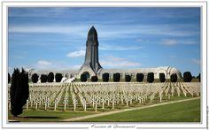 Ossuaire de Douaumont. Sacrifice!