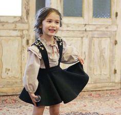 110.00$  Watch here - http://alibhi.shopchina.info/go.php?t=32724433069 -  Korean Style 2016 Autumn All Cotton Little Girls Princess Dress Set Teenagers Girl Ruffles Shirt + Suspenders Dress  Outfits   #magazineonlinewebsite