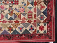 Heartspun Quilts ~ Pam Buda: Houston Quilt Market   Di Ford's mystery quilt for Quiltmania magazine - Mountmellick