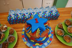 Talk about a bright Birthday Party! #treebranchcakery