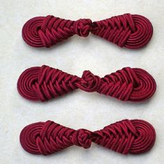 Dark red frog closure. Knot round.  Set of 3 by notionallybetter