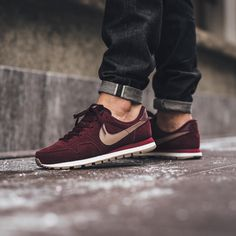 ❤️❤️❤️ Nike Air Pegasus '83 Leather - Night Maroon/Malt available now in-store and online @titoloshop Berne | Zurich