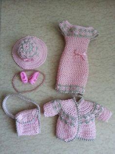 clothes-doll-model-Barbie-290                                                                                                                                                                                 Plus