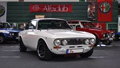 Alfa Romeo 2000 GT Veloce (1975) Bertone Coupé