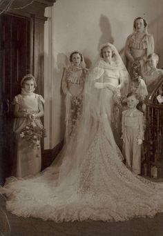 Madge Elliott Sydney 1935