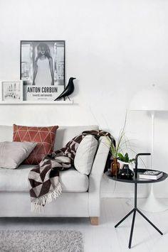 Furniture - Living Room : scandinavian style (via Interior inspirations) - my ideal home. Estilo Interior, Interior Styling, Living Room Inspiration, Interior Design Inspiration, Living Room Interior, Home Living Room, Living Area, My Ideal Home, Deco Design