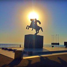"""☀️ Alexander The Great ☀️ Thessaloniki - Greece "" Alexander The Great Movie, Alexander The Great Statue, Ancient Egyptian Art, Ancient Aliens, Ancient Greece, Macedonia Greece, Greece Thessaloniki, Alexandre Le Grand, Greek Beauty"