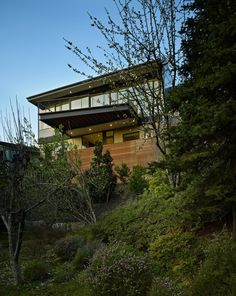 Hillside Modern House Private Residence in Washington Displaying An Open Yet Private Living Environment