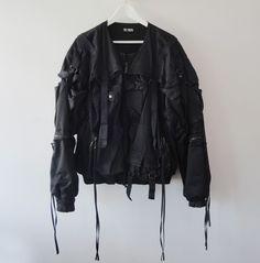 cinza. Spring/Summer 2003 Raf Simons parachute-bondage-military bomber jacket