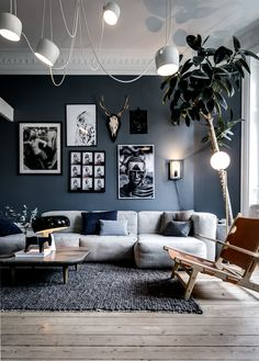 Home Decor Malaysia Idea deco salon gris blanc mur.Home Decor Malaysia Idea deco salon gris blanc mur Home Living Room, Apartment Living, Interior Design Living Room, Living Room Designs, Apartment Plants, Apartment Ideas, Modern Living Room Design, Men Apartment, Apartment Styles
