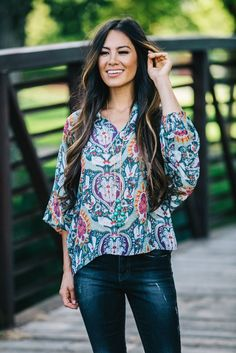 This stunning Paisley Chiffon Blouse features a gorgeous paisley print, mandarin collar, dramatic dolman sleeves, and a button front. Dress it up or down, for work tucked into a pencil skirt with a cardi, or with your fave pair of jeans and some boots or booties!
