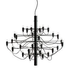 Limiterad utgåva2097/50 ljuskrona från Flos, formgiven av Gino Sarfatti. En sann designkla...