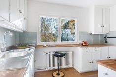 Original funkis kitchen by Arne Korsmo - Havna Allé (Oslo)