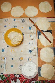 Αγροσελίδα: Η κυρία Βέτα φτιάχνει γνήσιες νεράτες μυζηθρόπιτες Greek Recipes, Blog, Greek Food Recipes, Blogging, Greek Chicken Recipes