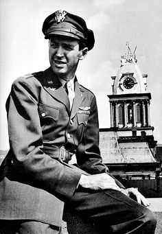 Jimmy Stewart's return home to Indiana, Pennsylvania, in 1945.