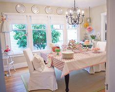 Love girly birthday parties.  This girls blog is amazing!