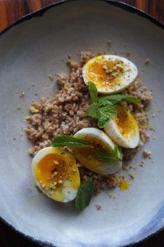 ... Salad With 6 Minute Eggs- Fresh Mint & Pistachio - Eden EatsEden Eats
