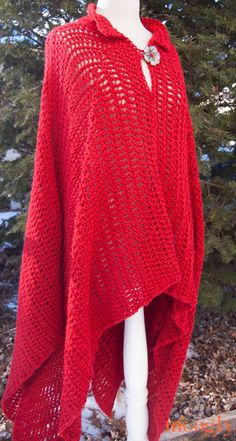 BEAUTIFUL Fairy Tale Poncho crocheted by Moogly (blog) in Lion Brand's Heartland yarn, gives a lovely drape.