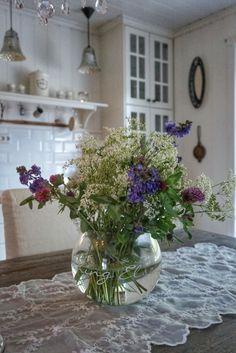 Flowers  By @villatverrteigen