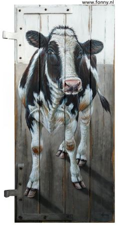 Koe op paneel met oude scharnieren | Cow on a panel with old hinges - 52 x 100 cm. Also English version available on my website http://www.fonny.nl/en/