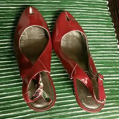 Red shoes used but cute Red shoes perfect for Xmas dress Material Girl Shoes Heels