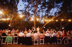 lindo! outdoor festoon light wedding - http://www.lakshalperera.com/
