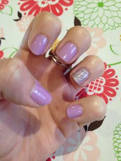 Lovely lilac spring nails