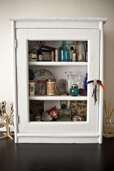 DIY: a cabinet of curiosities