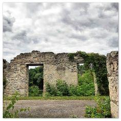📸 @thatcambridgewoman Cambridge, Ontario, Mount Rushmore, Arch, Canada, Outdoor Structures, Mountains, Garden, Nature
