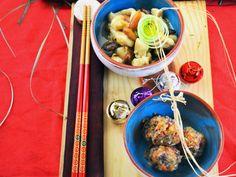 Pollo alle mandorle con crudaiola di verdure amare. Un piatto di ispirazione orientale per un Natale originale e sano