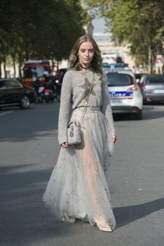 The Best Street Style At Paris Fashion Week SS18- ellemag