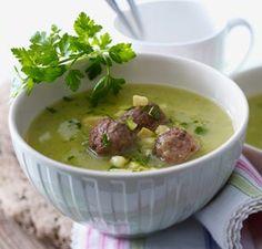 Zucchini-Kartoffel-Suppe mit Hackbällchen