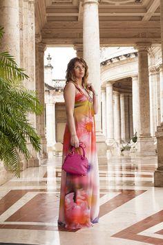 """Un abito Carlo Pignatelli  per il gran galà """"Montecatini sotto le stelle"""" alle Terme del Tettuccio - http://www.2fashionsisters.com/abito-carlo-pignatelli-terme-del-tettuccio/ - 2 Fashion Sisters Fashion Blog - #AbitoCarloPignatelli, #GioielliMorellato, #PochetteBraccialini, #TermeDelTettuccio"""