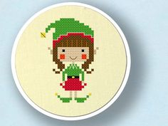 Happy Christmas Elf Girl. Cross Stitch Pattern PDF por andwabisabi
