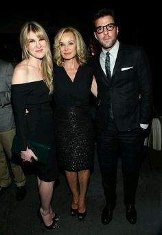 ~Lily Rabe, Jessica Lange, & Zachary Quinto at the premiere of AHS: Asylum~ Movies Showing, Movies And Tv Shows, American Horror Story Asylum, Zachary Quinto, Horror Show, Dominique, Evan Peters, Famous Faces, Horror Stories