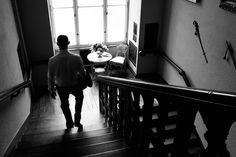 Groom down the Stairs | Clodie und Steffen - Angela Pfeiffer