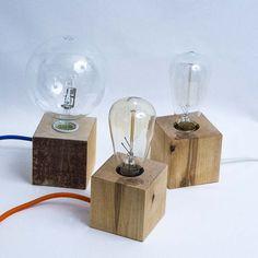 Carapace - lampada da tavolo realizzata artigianalmente, Bulbo. #artigianato #design #recupero