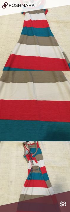 Kids maxi dress NWT. Red teal Grey and white maxi dress. With twisted belt. Size 7/8 kids Dresses