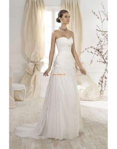 A-linje Chiffon Naturlig Bryllupskjoler 2014