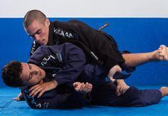 """""""10 dicas valiosas para melhorar o seu gás no Jiu Jitsu: Fonte: http://www.vulkanfc.com/news/10-dicas-valiosas-para-melhorar-o-seu-gas-no-jiu-jitsu"""