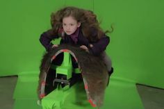 How they filmed Renesmee riding Jacob